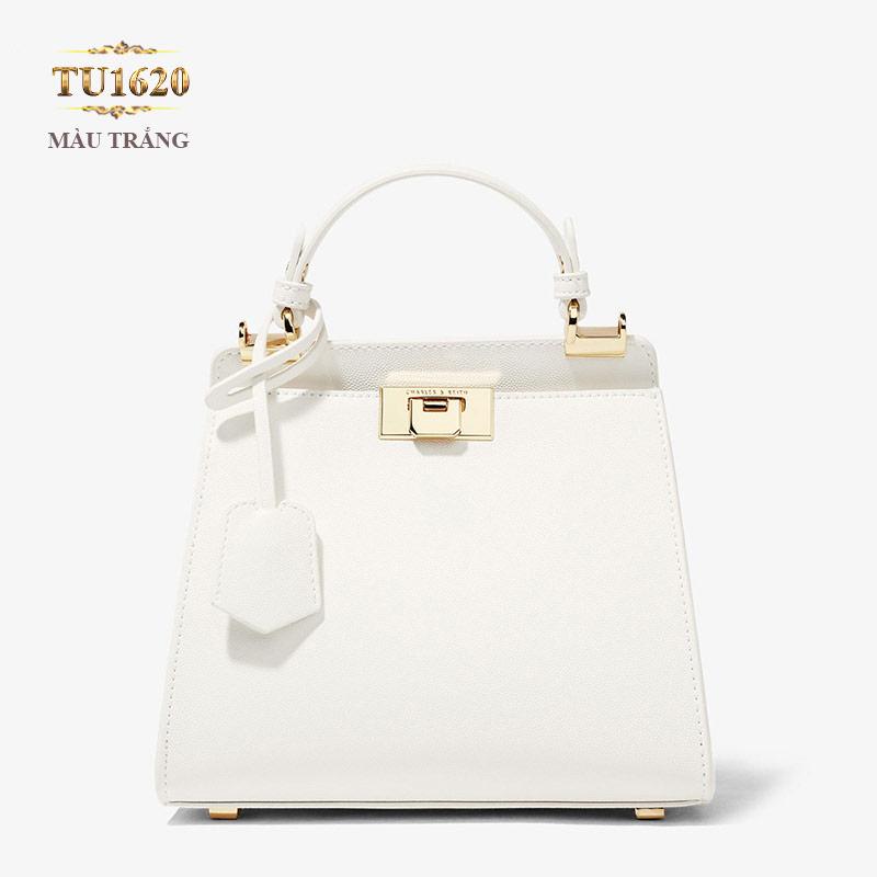 Kiểu túi xách cầm tay rất điệu đà gam màu trắng nhẹ nhàng, tinh tế TU1620