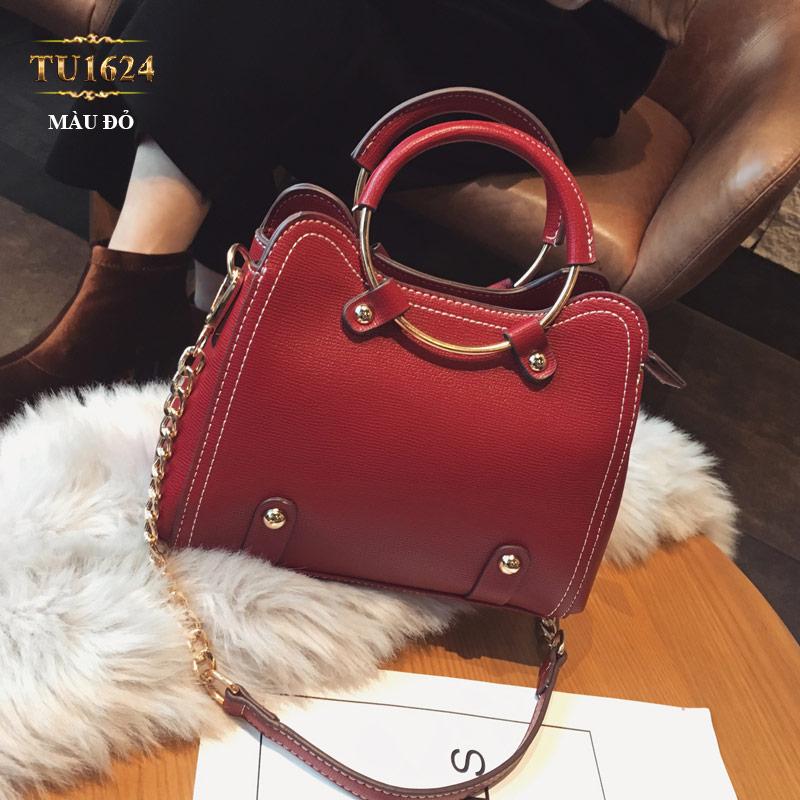 Túi xách đeo cao cấp kèm quả bông xinh xắn TU1624 (Màu đỏ)